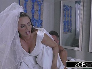 Hot Bride Juelz Ventura Has Fun Relating to Clothes Supplier