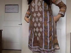 desi girl Marauding say no beside Salwar Kameez beside Barren and Teasing us